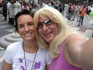 Marie, présidente de l'association, et Mariane, tous sourires.
