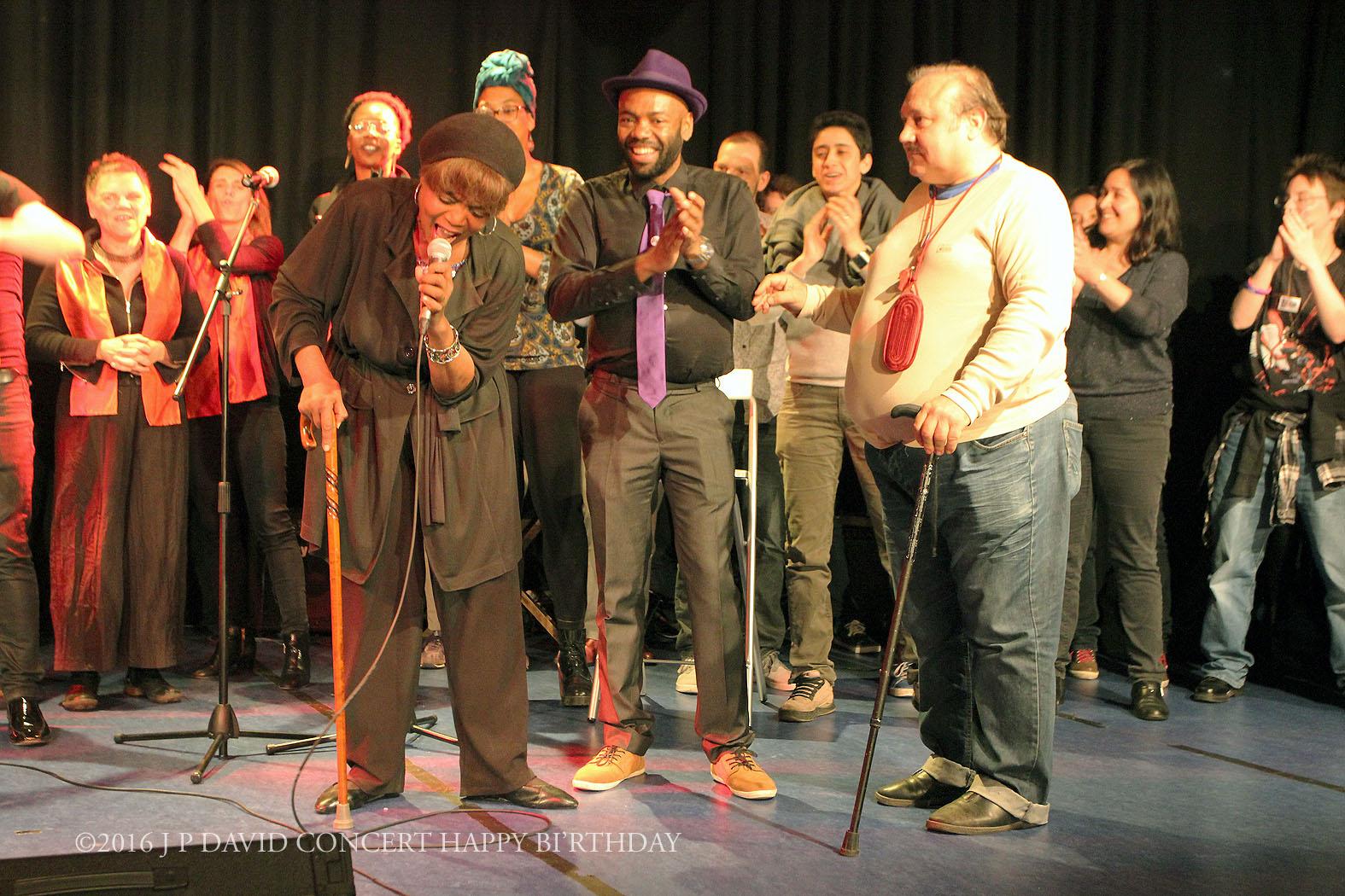 Chanson reprise avec la Salle Happy Days ©2016 J P David Concert Happy BI'rthday- 19_05 centre Mathis Paris 19ème ©2016 J P DAVID CONCERT HAP