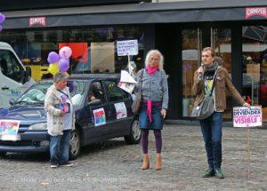 prise de parole de sos homophobie à l'arrivée de la journée internationale de la bisexualité paris 2018